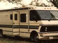 1988 Rockwood Driftwood This Class A recreational
