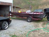 1988 Vision 180 Pro, 18ft Bass Boat, Strong 150 HP