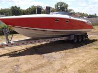 Type of Boat: High Performance Cuddy Cabin Year: 1989