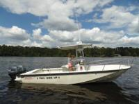 1989 Boston Whaler, 22 Outrage, 24 Foot Center Console,
