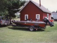 1989 Champion Bass Boat 150 HP Johnson GT Motor 18 1/2