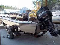 Comes with a 200hp Mercury motor. Boats Aft Cabin 6338