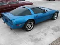 1989 Chevy Corvette - Good Clean Looking Vette! Very