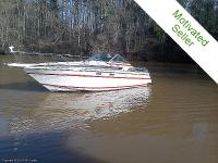 This 1989 Chris-Craft 284 Amerosport has lots of
