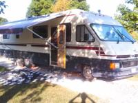 Up for sale is my 1989 Coachmen Royal Class A