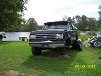 1989 Ford full size Bronco V-8 Granny 4 speed 4x4 fuel