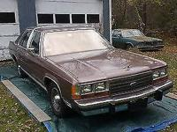 Condition: Used. Exterior color: Brown. Interior color: