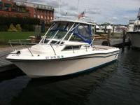 1989 Grady-White 22 Seafarer Boat is locaed in