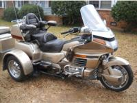 1989 HONDA GOLDWING, WITH A removable VOYAGER TRIKE