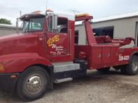 1989 KENWORTH T400, 324000 miles, Exterior: Red,