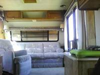 Have the clear title to this 1989 Road 5th wheel 35ft