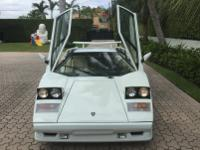 -Absolutely Gorgeous White Lamborghini Countach 1989