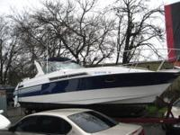 We are selling our 1989 Larson 30ft Comtempra with a