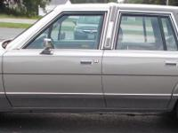 1989 Lincoln Town car . Mint Condition - Classic Car -