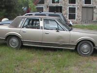1989 Lincoln Town Car. Motor has 72,000 original