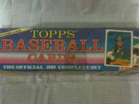 Contains 792 cards in a box including rookie cards of