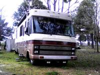 1989 Winnebago 32' Super Chief 454 Chevrolet chassis,