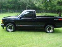 1990 Chevrolet C1500 in Good Condition Black Onyx