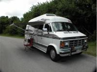 This 1990 Xplorer Class B Motor Home is in excellent