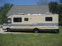 1990 FLEETWOOD SOUTHWIND  RUNS GREAT HAS NEW
