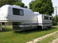 1990 fleetwood Avion Travel Trailer in Excellent