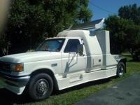 1990 Ford 1.5ton semi/truck with 8 new yokohama tires.