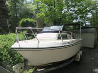 1990 Grady White, Overnighter 20 Feet with berth in bow
