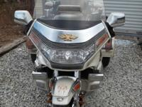 1990 HONDA GOLDWING MOTORCYCLE TRIKE SE HAS A MATCHING