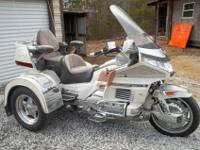 1990 HONDA GOLDWING MOTORCYCLE TRIKE SEHAS A MATCHING