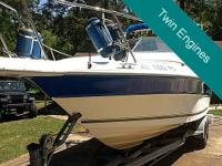 This 1990 Sea Ray 23 Laguna has actually been well
