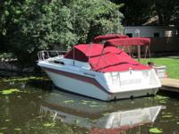 INCREDIBLE CONDITION LOWERED from $14,900. 29' Sea Ray