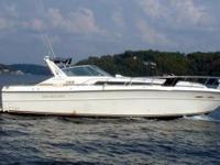 1990 Sea Ray 390.... Great boat, full kitchen, head,