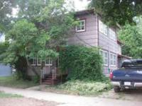 3 or 4 unit Fixer Upper - Serious Handyman Special. 3