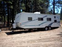 1991 22 Ft Monterey Fifth Wheel Travel Trailer with