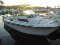 JUST REDUCED! 1991 25' Walk Around Grady White Sailfish