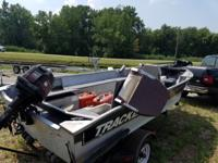 All NEW MARINE plywood 2 months old. 20 hp, trolling