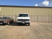 1991 Ford Econoline -350 Van White  Automatic