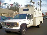 GMC 3500HD DRW SL SIERRA ENCLOSED UTILITY TRUCK,HESCO