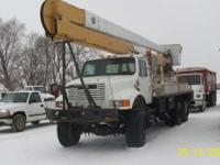 1991 International 4900 6 wheel drive 65ft reach bucket