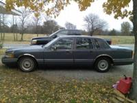1991 Lincoln town car trademark series. 102,000