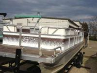 Boats Pontoons 5752 PSN. Does not included trailer.