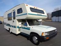 ......,,1991 TOYOTA WARRIOR 21' MOTORHOME WITH GASOLINE