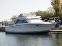 This 1991 Wellcraft 3300 Sport Bridge is structurally