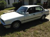 91 BMW 325i (E30) This car is very clean, adult owned,