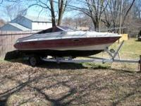 For sale is a 20' maxum w/ 1990 loadrite trailer. The