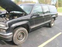 1992 chevy suburban complete except trans is out Good