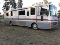 Very nice and clean motorhome rv with many accessories.
