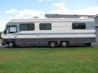 Nice Motorhome. 460 Ford motor,New tires all around,