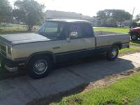 1992 dodge LE 250 very nice shape less than 80,000 mi