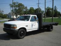 1992 Ford F350 Regular Cab Flat Bed Truck VIN: